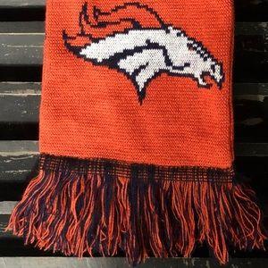 FOREVER COLLECTIBLES NFL Denver Broncos Scarf